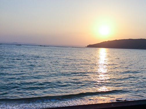 糸島の海と太陽